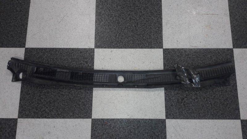 Решетка под лобовое стекло Mitsubishi Pajero V93W 6G72 2009.04 (б/у)