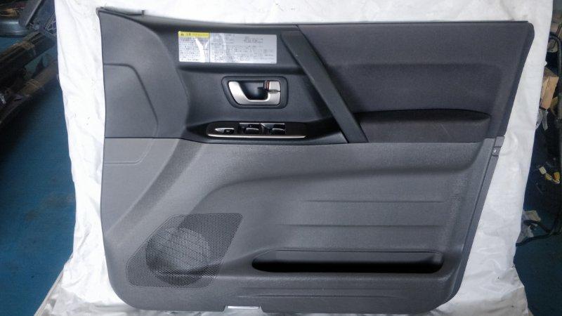 Обшивка дверей Mitsubishi Pajero V75W 6G74 2000 передняя правая (б/у)