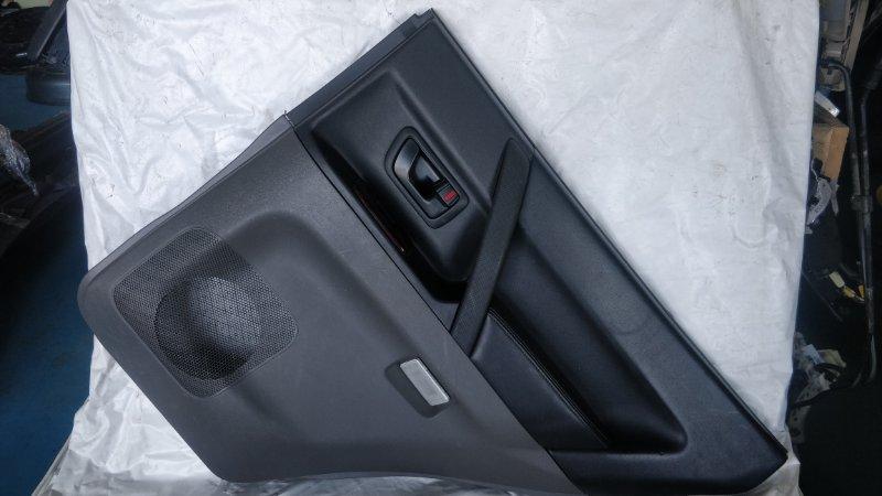 Обшивка дверей Mitsubishi Pajero V78W 4M41 12.1999 задняя правая (б/у)