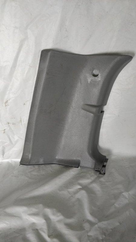 Обшивка стойки кузова Mitsubishi Delica PE8W 4M40 задняя левая (б/у)