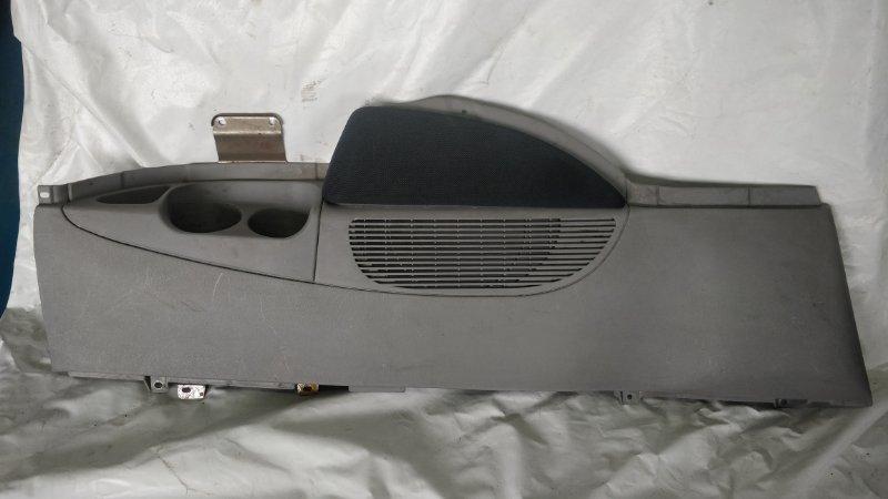 Обшивка багажника Mitsubishi Delica PE8W 4M40 левая (б/у)