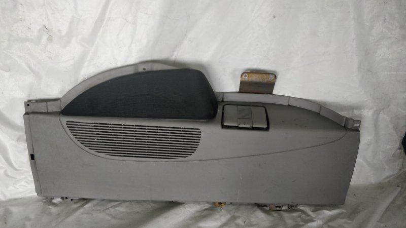 Обшивка багажника Mitsubishi Delica PE8W 4M40 правая (б/у)