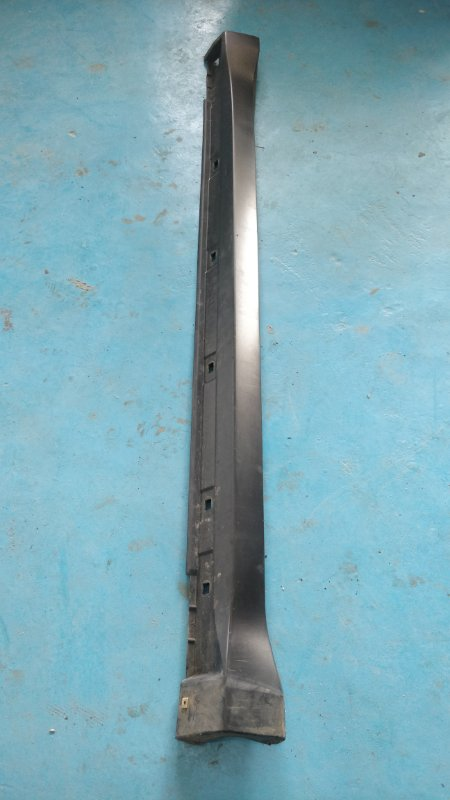 Порог кузова Subaru Forester SH5 правый (б/у)