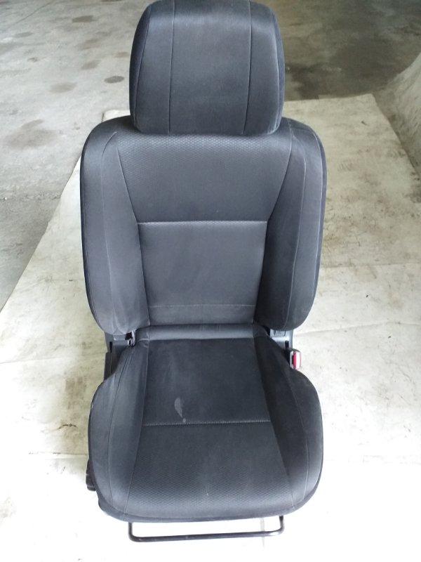 Сиденье Mitsubishi Pajero V93W 6G72 2009.04 переднее правое (б/у)