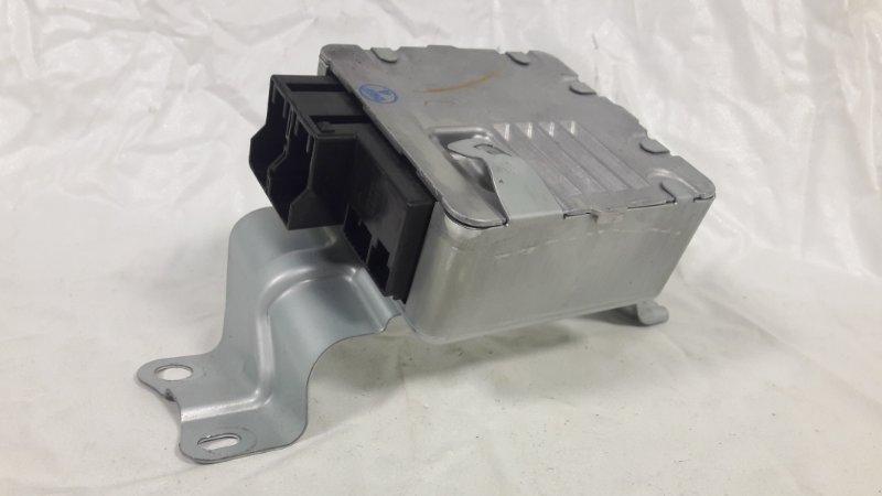 Блок управления рулевой рейкой Toyota Prius ZVW30 2ZR-FXE 2013.06 (б/у)