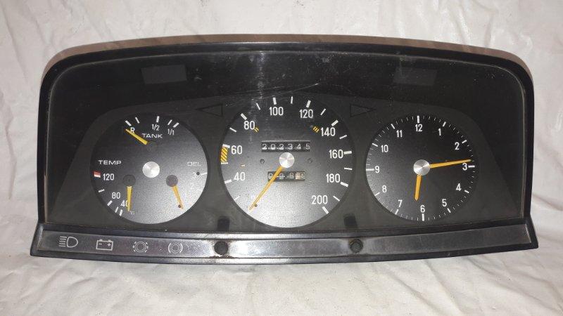 Панель приборов Mercedes-Benz E-Class W123 M115 (б/у)