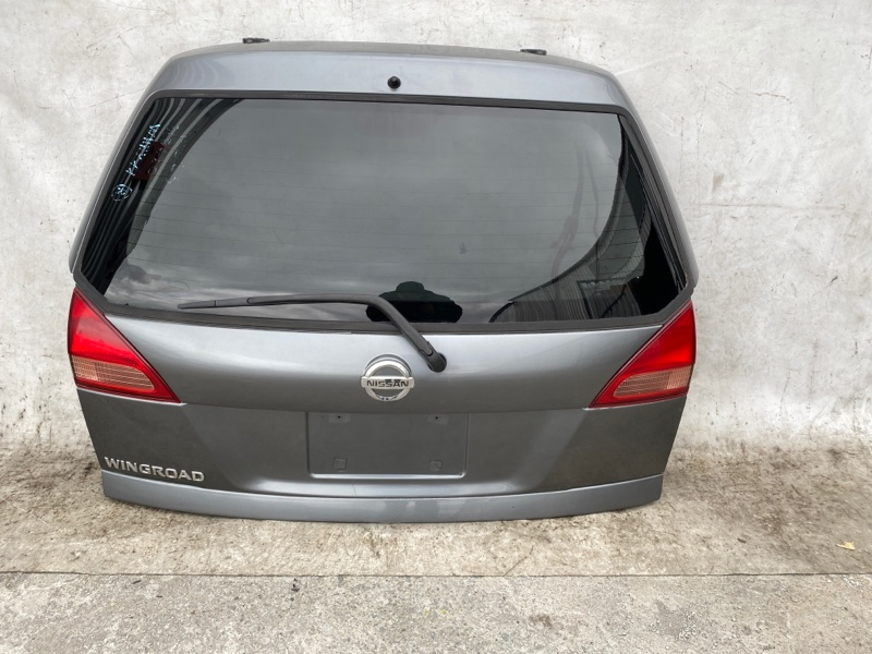 Дверь задняя Nissan Wingroad WHNY11 QG18 (б/у)