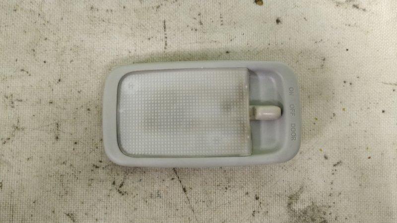 Светильник салона Toyota Noah AZR65 1AZ-FSE задний (б/у)