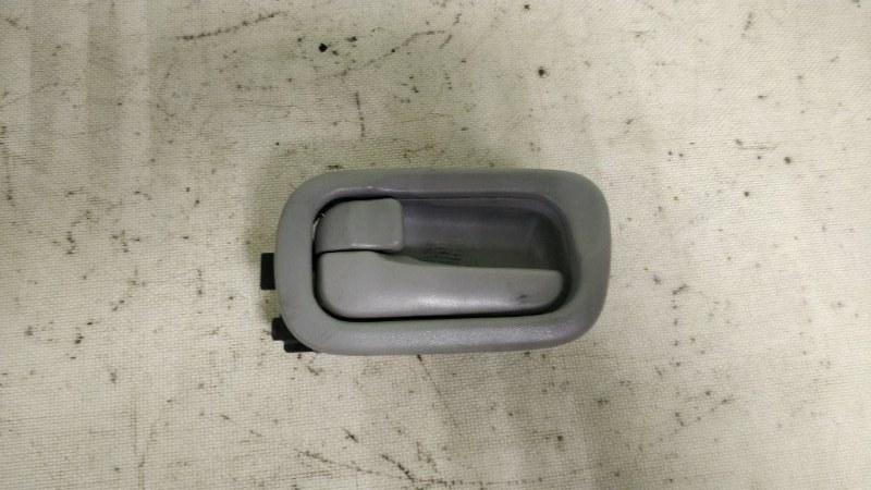 Ручка двери внутренняя Nissan Wingroad WHNY11 QG18DE 2003 передняя левая (б/у)