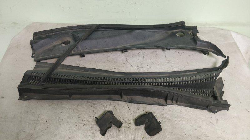 Решетка под лобовое стекло Toyota Caldina ST246 3S-GTE (б/у)