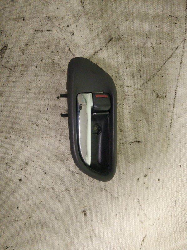 Ручка двери внутренняя Subaru Forester SG5 EJ205 2002.12 передняя левая (б/у)