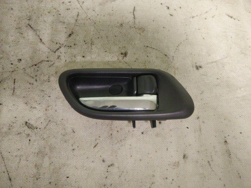 Ручка двери внутренняя Subaru Forester SG5 EJ205 2002.12 передняя правая (б/у)