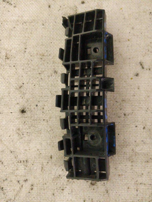 Крепление бампера Honda Insight ZE2 LDA переднее правое (б/у)