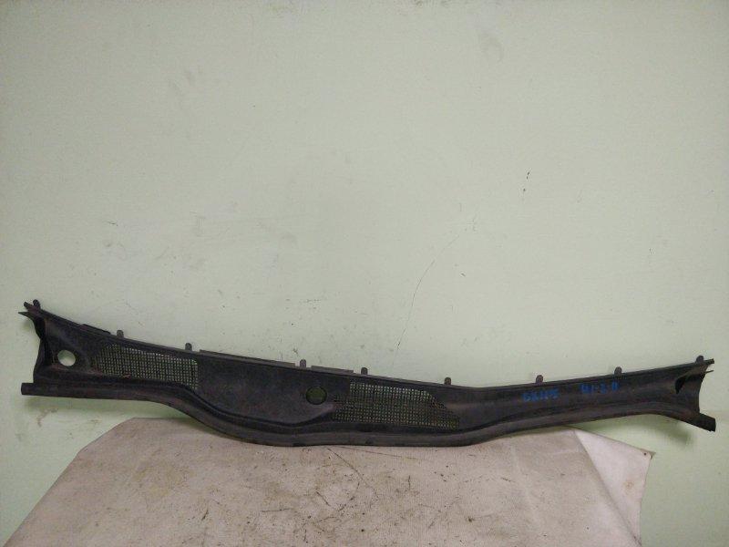 Решетка под лобовое стекло Toyota Mark Ii GX115 1G-FE 2001 (б/у)