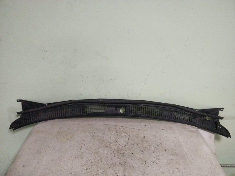 Решетка под лобовое стекло Toyota Corolla AE114 4A-FE 1999 (б/у)