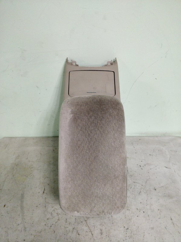 Бардачок между сиденьями Toyota Mark Ii GX115 1G-FE 2001 (б/у)