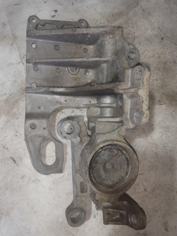 Подушка двигателя Nissan X-Trail NT31 левая (б/у)