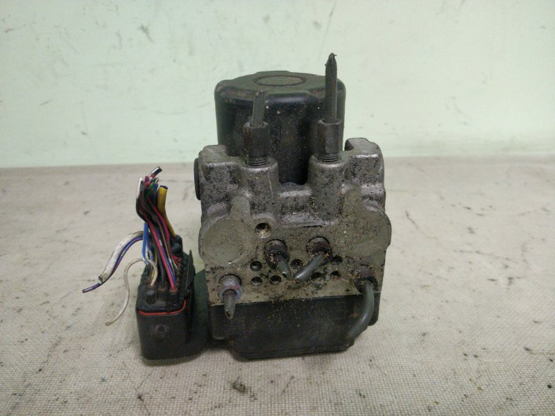 Блок abs Toyota Mark Ii GX115 1G-FE 2001 (б/у)
