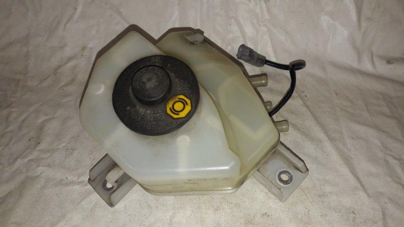 Бачок для тормозной жидкости Toyota Prius ZVW30 2ZR-FXE 2012 (б/у)