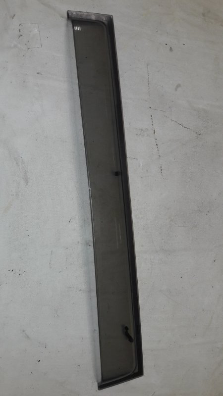Ветровик Mitsubishi Pajero V93W 6G72 2009 задний правый (б/у)
