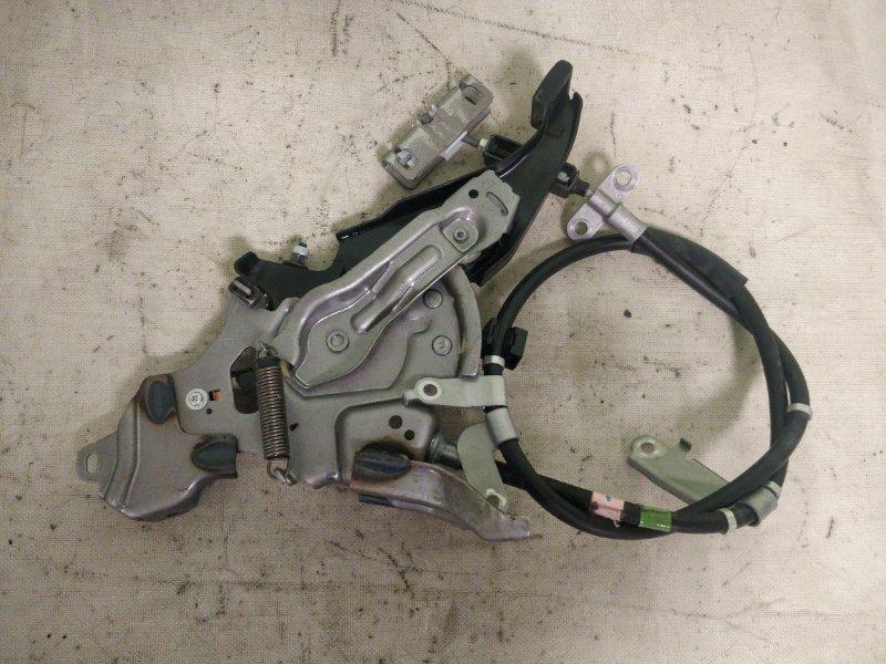 Педаль стояночного тормоза Toyota Prius ZVW30 2ZR-FXE 2012 (б/у)