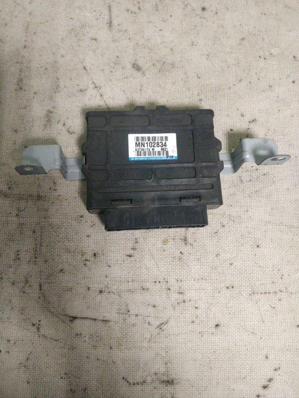 Блок управления abs Mitsubishi Pajero V93W 6G72 2009 (б/у)
