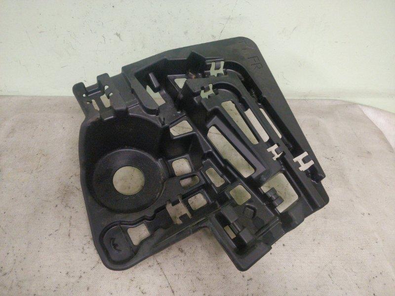 Ящик в багажник Toyota Prius ZVW30 2ZR-FXE 2012 (б/у)