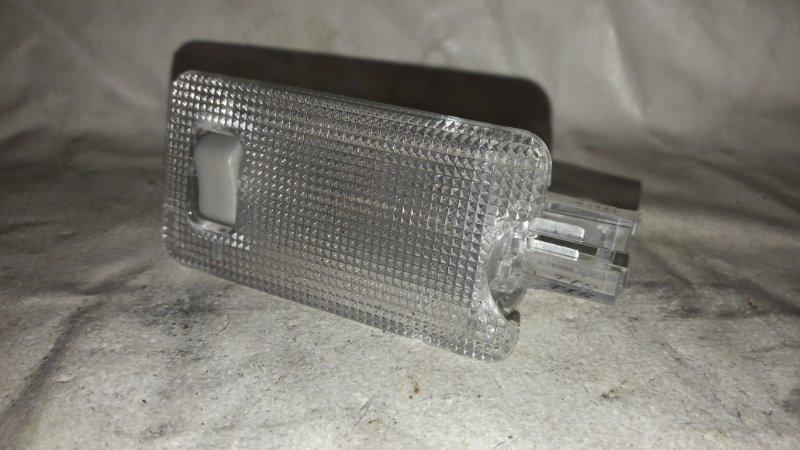 Светильник салона Toyota Prius ZVW30 2ZR-FXE 2012 (б/у)