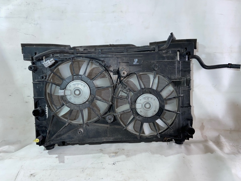 Радиатор двс Toyota Prius ZVW30 2ZRFXE 2010.07 (б/у)