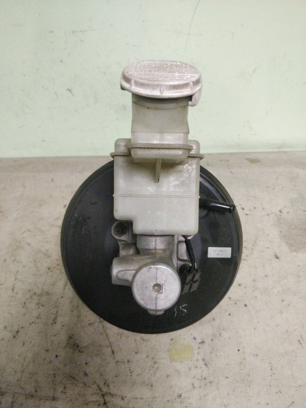 Главный тормозной цилиндр Mitsubishi Delica PE8W 4M40 1999.11 (б/у)