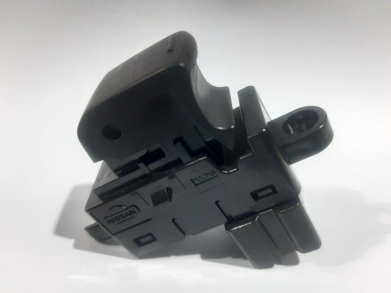 Блок управления стеклоподъемниками Nissan Dualis KNJ10 MR20 задний правый (б/у)