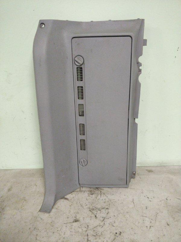 Обшивка багажника Mitsubishi Delica PE8W 4M40 1999.11 задняя левая (б/у)