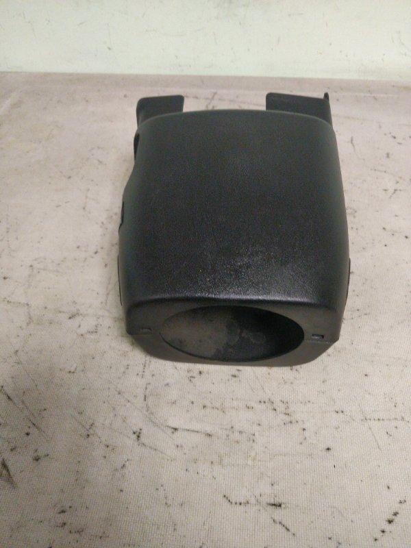 Кожух рулевой колонки Mitsubishi Delica PE8W 4M40 1999.11 (б/у)
