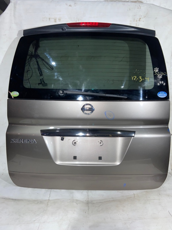 Дверь задняя Nissan Serena NC25 задняя (б/у)