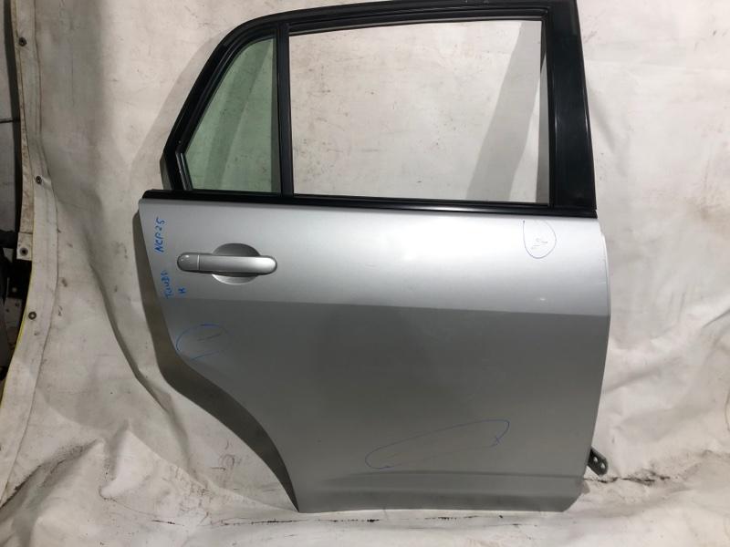 Дверь боковая Nissan Tiida Latio SNC11 задняя правая (б/у)