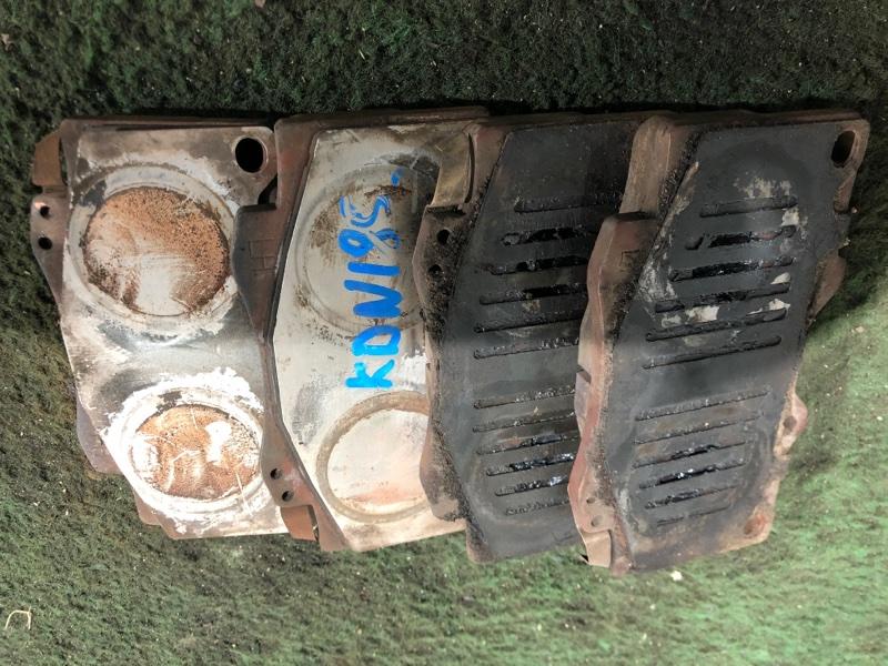 Тормозные колодки Toyota Hilux Surf KDN185 1KD-FTV 08.2000 переднее (б/у)