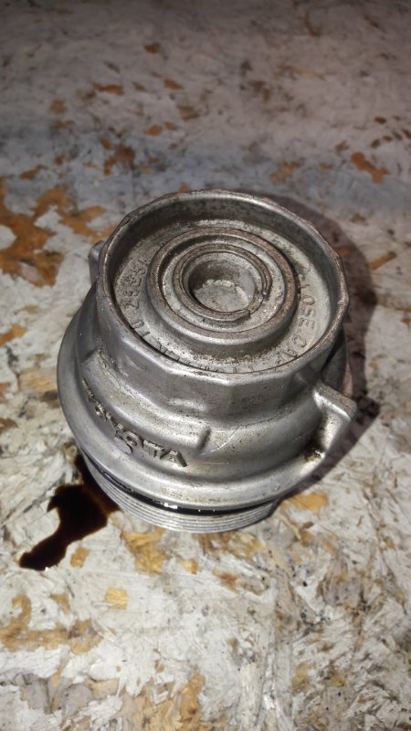 Корпус масляного фильтра Toyota Crown GRS184 2GR-FSE (б/у)