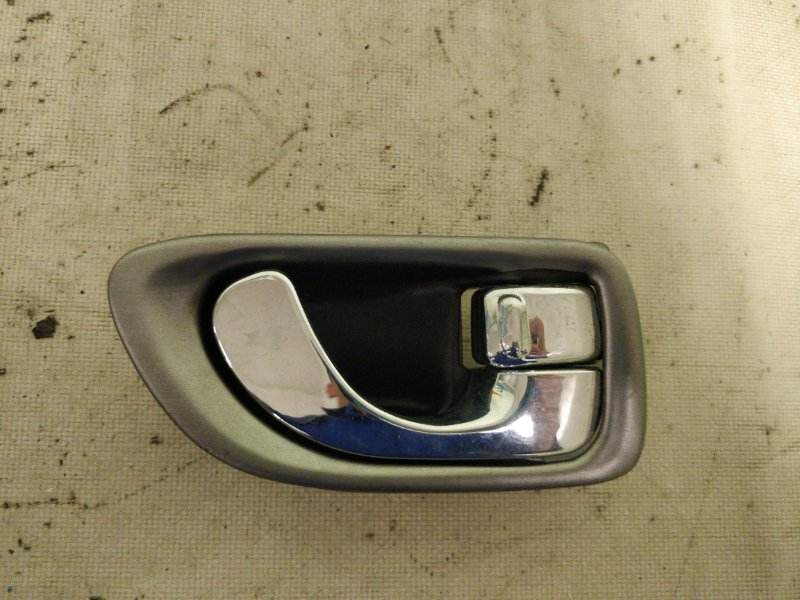 Ручка двери внутренняя Mitsubishi Galant EA1A правая (б/у)