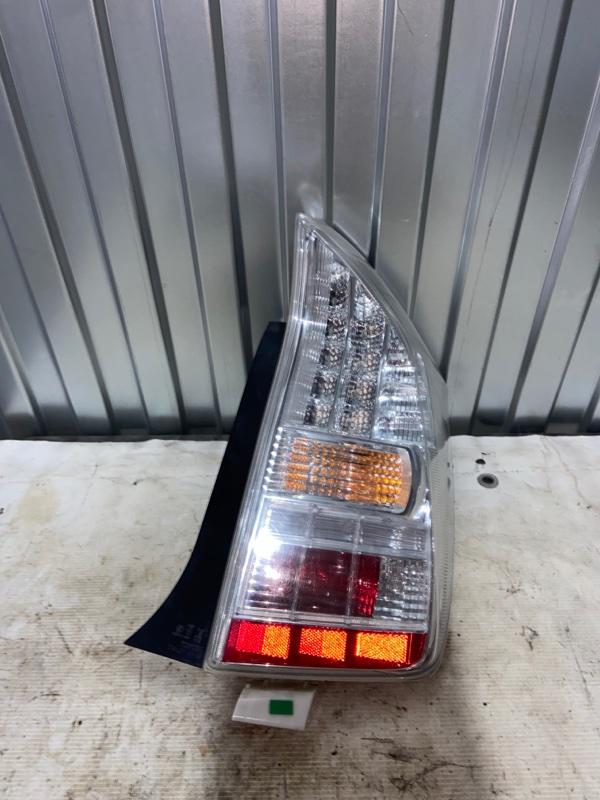 Стоп-сигнал Toyota Prius ZVW30 2ZR-FXE 2010.04 задний правый (б/у)