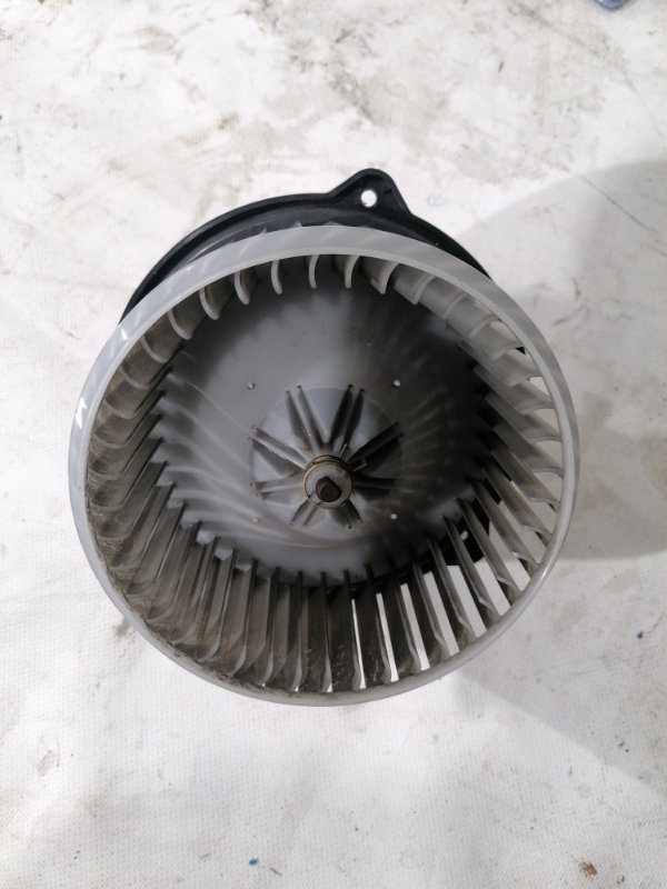 Мотор печки Toyota Caldina AZT246 1AZ-FSE (б/у)