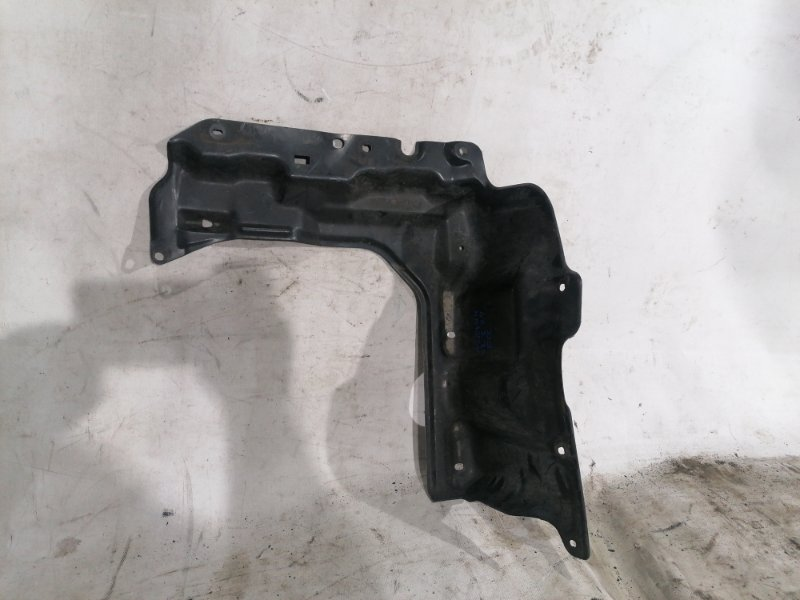 Защита двигателя Toyota Corolla Fielder NZE144 1NZ-FE передняя правая (б/у)