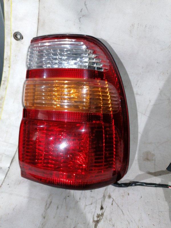 Стоп-сигнал Toyota Land Cruiser UZJ100 2UZ-FE 2000.03 задний правый (б/у)