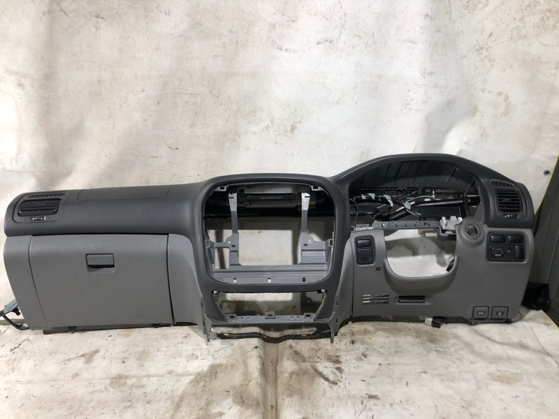 Торпедо Toyota Land Cruiser UZJ100 2UZ-FE 2000.03 (б/у)