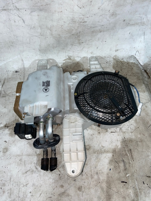 Печка салона Toyota Land Cruiser UZJ100 2UZ-FE 2000.03 (б/у)