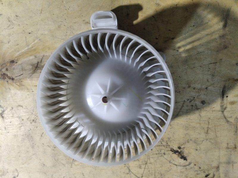 Мотор печки Toyota Crown Majesta URS206 1UR-FSE 2010.04 (б/у)