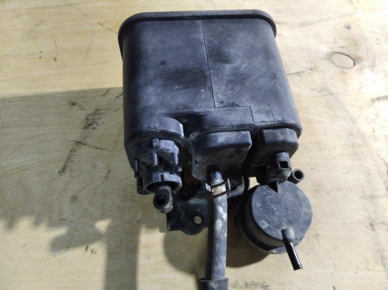 Фильтр паров топлива Toyota Crown Majesta URS206 1UR-FSE 2010.04 (б/у)