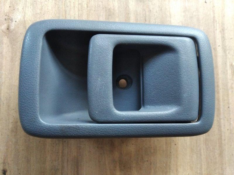 Ручка двери внутренняя Toyota Hilux Surf KZN185 задняя правая (б/у)