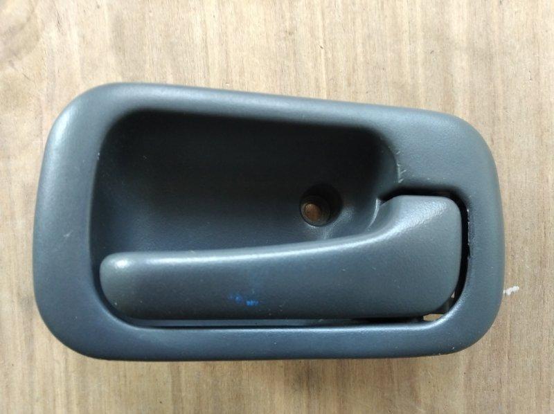 Ручка двери внутренняя Honda Cr-V RD1 передняя правая (б/у)