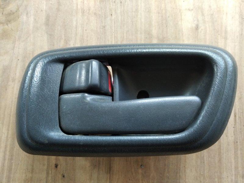 Ручка двери внутренняя Toyota Caldina Van CT199 передняя левая (б/у)