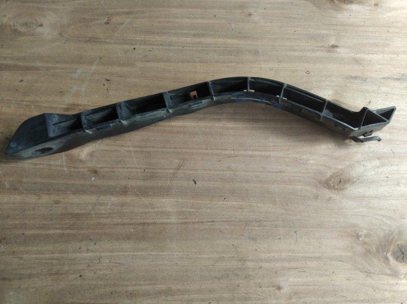 Крепление бампера Subaru Forester SG5 переднее левое (б/у)